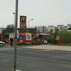 Photo taken at McDonald's by Gabriel V. on 10/24/2012