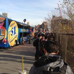 Photo taken at Mega Bus - W 34th St & 11 Av (Amherst/Chicago/Fairhaven/Albany/Burlington/Philadelphia/Washington DC/Boston/Syracuse/Rochester/Buffalo/Toronto/State Collage/Pittsburg) by Max S. on 11/16/2012