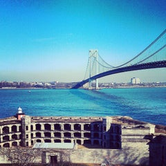 Photo taken at Fort Wadsworth by Joshua C. on 12/14/2012