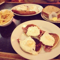 Photo taken at Frankie & Benny's by Andrew T. on 1/19/2014
