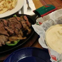 Photo taken at Chili's Grill & Bar by Jusuf I. on 8/16/2015