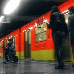 Photo taken at Metro Constitución de 1917 by Caminαλεχ 🚶 on 8/28/2014