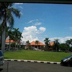 Photo taken at Fakultas MIPA Undiksha by Mang N. on 4/8/2013