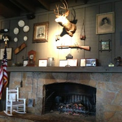 Photo taken at Cracker Barrel Old Country Store by Ty T. on 3/18/2013