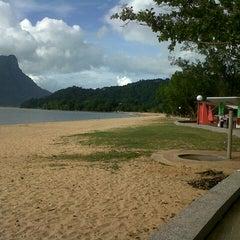 Photo taken at D'Cove Pasir Panjang Family Park by Hafiq A. on 5/29/2013