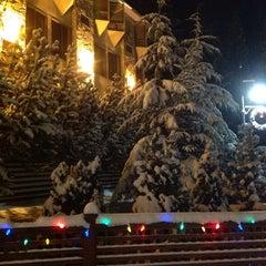 Photo taken at Mountainside Lodge by Dawn Z. on 12/21/2013