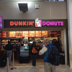 Photo taken at Dunkin' Donuts by Ken S. on 10/23/2014