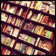 Photo taken at Barnes & Noble by A S. on 5/7/2014