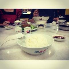 Photo taken at 宝香绑线肉骨茶 (Pao Xiang Bak Kut Teh) by ✩  ૢYumi S. on 9/18/2014