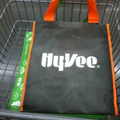 Photo taken at Hy-Vee by Steve M. on 12/18/2012