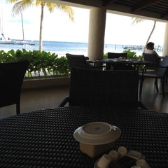 Photo taken at Ocean Spa Hotel by Gizela F. on 12/16/2012