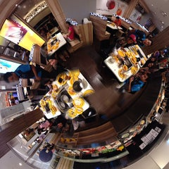 Photo taken at Seoul Garden by Iskandar P. on 3/18/2013