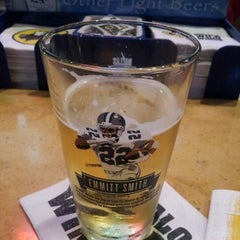 Photo taken at Buffalo Wild Wings by Louis H. on 10/23/2012