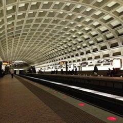 Photo taken at Farragut West Metro Station by Malik Siraj A. on 1/25/2013