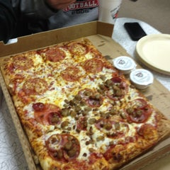 Photo taken at Snappy Tomato Pizza by Randy L. on 1/26/2013