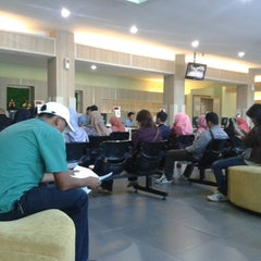 Photo taken at Kantor Pelayanan Pajak Pratama Cikarang Selatan by Ade S. on 8/18/2014