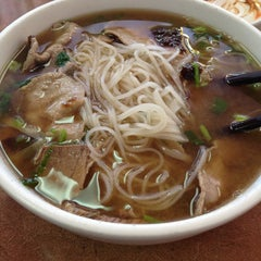 Photo taken at Phở Vietnam by Craig E. on 7/20/2013