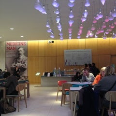 Photo taken at Wellcome Collection by Юрий Р. on 12/11/2012