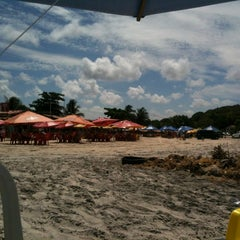Photo taken at Barraca do Banga by Rodrigo M. on 1/6/2013