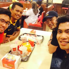 Photo taken at McDonald's by Firdaus A. on 5/30/2015
