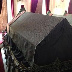 Photo taken at Sultan Abdulhamid Han Turbesi by İshak B. on 9/6/2013