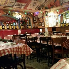 Photo taken at Buca di Beppo Italian Restaurant by Mark M. on 11/1/2014