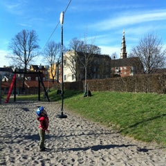Photo taken at Legeplads Christianhavns Volde by Ratanatip K. on 4/21/2013