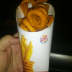 Photo taken at Burger King® by Lisa C. on 12/17/2012