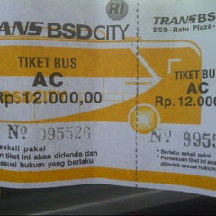 Photo taken at Terminal Feeder Busway Trans BSD by Baby W. on 11/5/2012