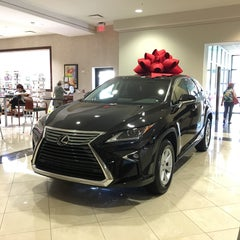 Photo taken at Lexus of Palm Beach by Erik on 11/23/2015