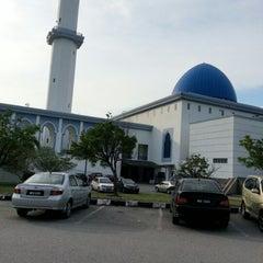 Photo taken at Masjid UNITEN by Abu S. on 10/3/2012