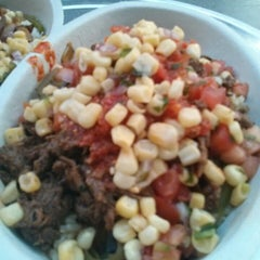 Photo taken at Chipotle Mexican Grill by Chan S. on 8/2/2014