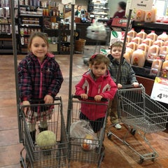 Photo taken at Price Chopper by Robin K. on 1/12/2013