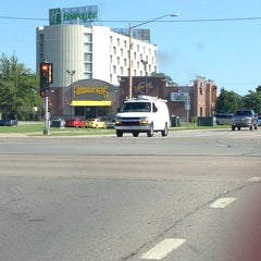 Photo taken at Holiday Inn Appleton by Tom K. on 7/4/2014