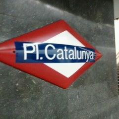 Photo taken at FGC Pl. Catalunya by Marianita F. on 10/7/2013