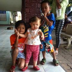 Photo taken at วัดประชุมโยธี อารามหลวง by Wannisa N. on 2/8/2015