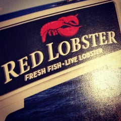 Photo taken at Red Lobster by Eric B. on 1/13/2013