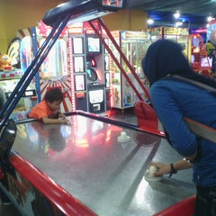 Photo taken at Timezone by Diena S. on 6/15/2014