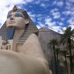Photo taken at Luxor Hotel & Casino by Сергей Г. on 5/6/2013