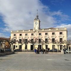 Photo taken at Ayuntamiento de Alcalá de Henares by Makinota S. on 2/26/2013