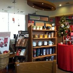 Photo taken at Starbucks by chocodyssey on 12/10/2012