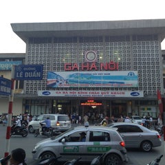 Photo taken at Ga Hà Nội (Hanoi Station) by WERRA IN on 7/5/2013