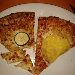 Photo taken at Troppapizza by Maria Rosaria C. on 11/17/2012
