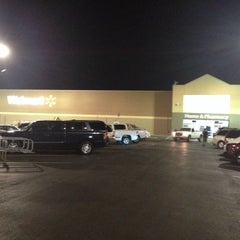 Photo taken at Walmart Supercenter by Khayron M. on 9/26/2013