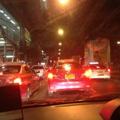 Photo taken at แยกพระโขนง (Phra Khanong Junction) by Song G. on 7/1/2013