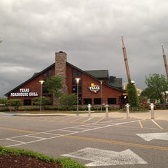 Photo taken at Texas Roadhouse Grill by Kate S. on 5/6/2013