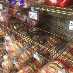 Photo taken at Giant Eagle Supermarket by AB L. on 2/2/2016