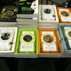 Photo taken at Barnes & Noble by Melinda D. on 11/3/2012