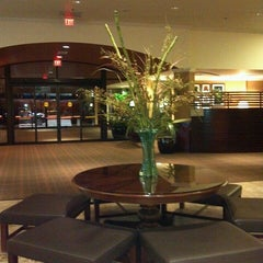 Photo taken at Sheraton Portland Airport Hotel by Yancey F. on 2/17/2013