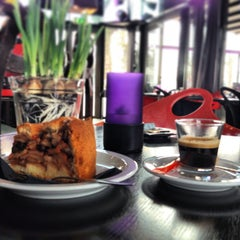 Photo taken at Cobra Café by Sérgio G. on 1/14/2013